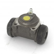 Centura Rear Wheel Brake Cylinder IMG_5293.jpg