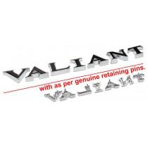 """Reproduction """"VALIANT"""" Lettering Badge Set : suit VC/VE"""
